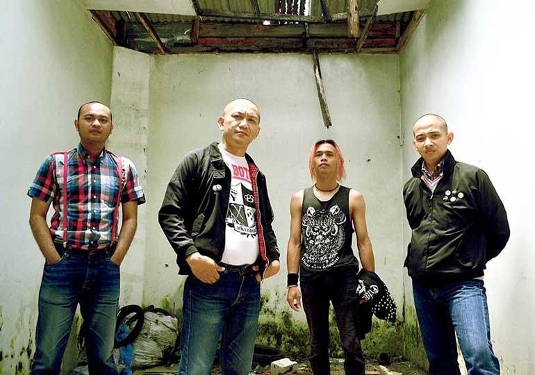 No Man's Land Split Album Contingent Anonyme