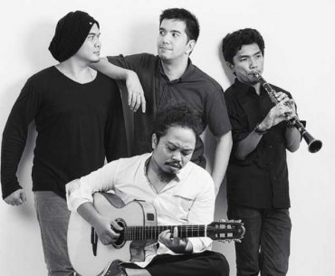 Is Announced Departure from Payung Teduh
