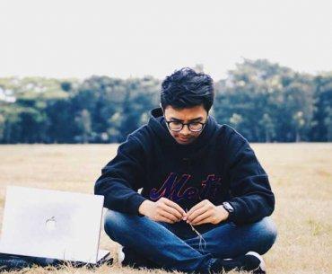 Eki Darmawan Oxy Ari Wijaya Out of The Blue Single