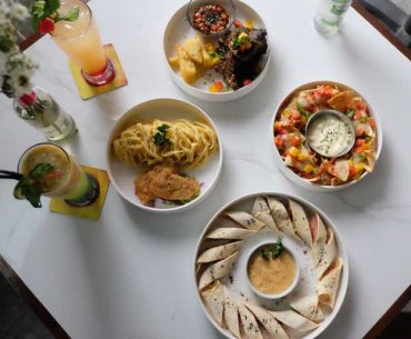 PUBLIC Drinkery and Kitchen Malang Review