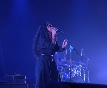 H.E.R. Stunned with A Performance on Java Jazz 2019