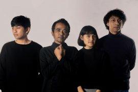 Ping Pong Club Retrospective Album Review