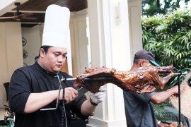 Kambing Guling The Shalimar Boutique Hotel Malang