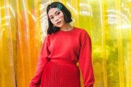 Madukina Peach Review Single