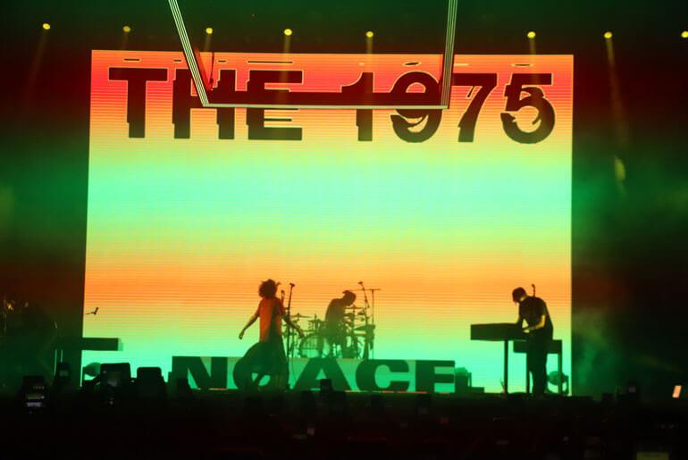 Pengalaman Nonton Konser The 1975 bagi Post 30