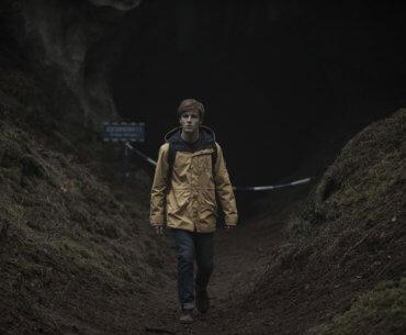 "7 Alasan Kenapa Kamu Harus Nonton ""Dark"" di Netflix!"
